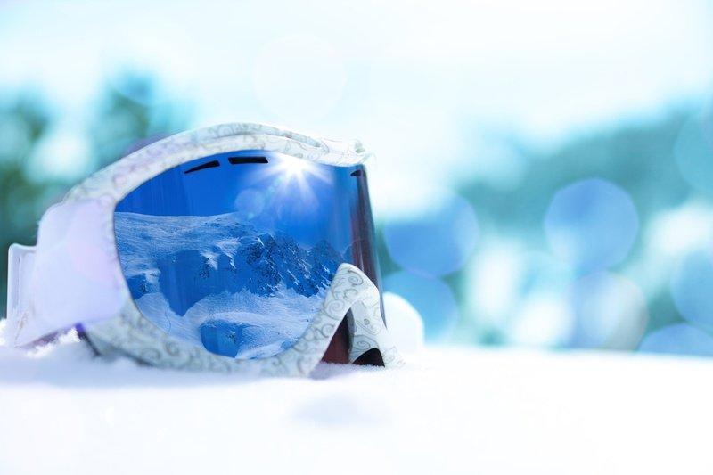 The Ultimate Guide to buy Prescription Ski & Snowboard Goggles